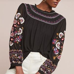 ANTHROPOLOGIE EMBROIDERED LOUISE BLOUSE M